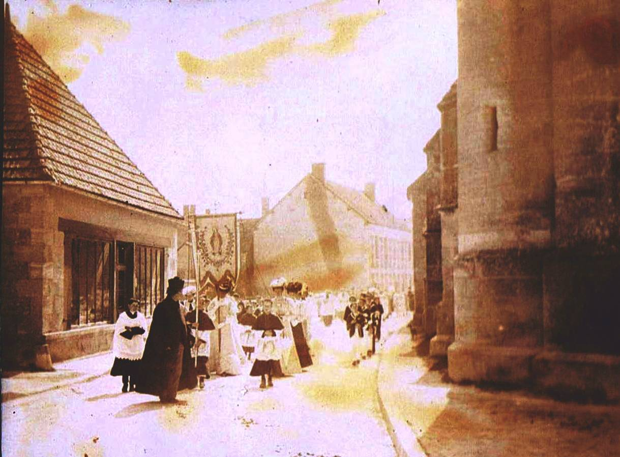 Procession Sainpuits 1900 2